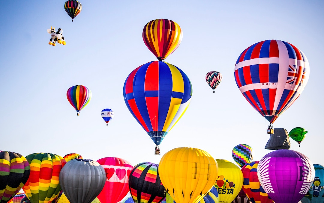 Image of colourful hot air balloons