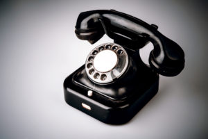 Image of old style black telephone